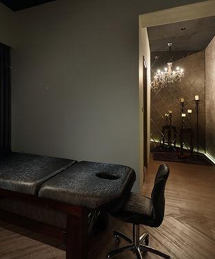 bed-bedroom-chair-275851.jpg