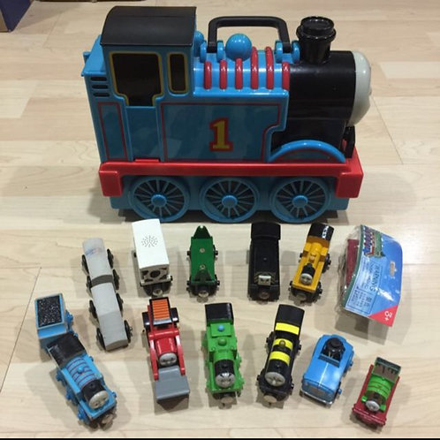 Free Delivery: Bundle Thomas Trains & Carry Case
