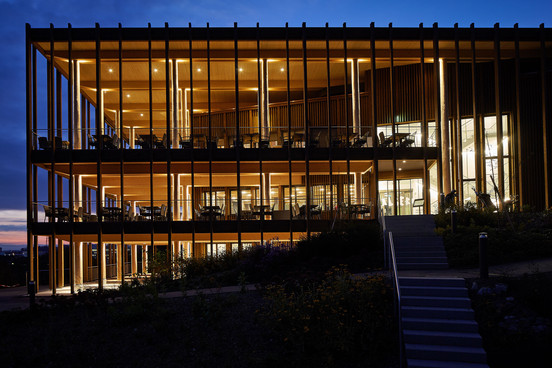 Fahrni Architekten — Golfpark Migros Holzhäusern