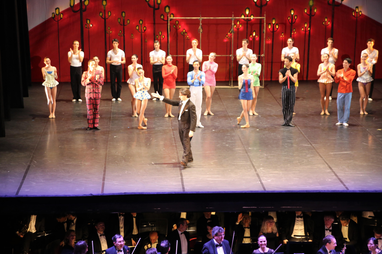 Léonard invite Roberto Galfione sur scène