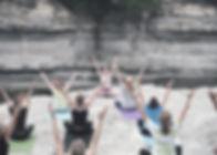Gruppo-Yoga-Session