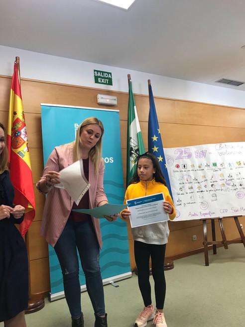 """Entrega premios """"Letras contra la Violencia"""""""