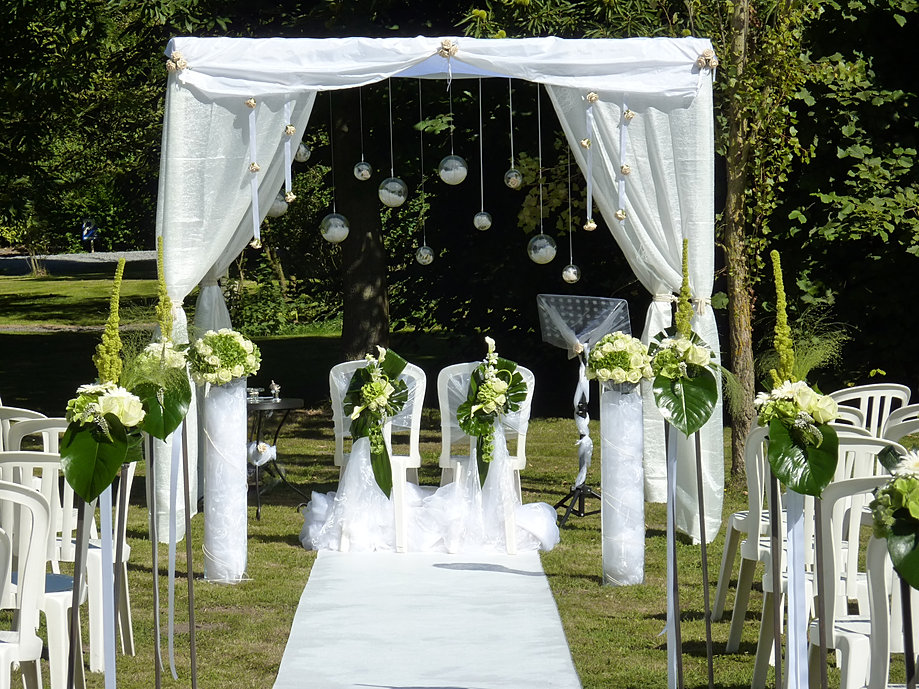 decoration mariage en plein air decormariagetrnds. Black Bedroom Furniture Sets. Home Design Ideas