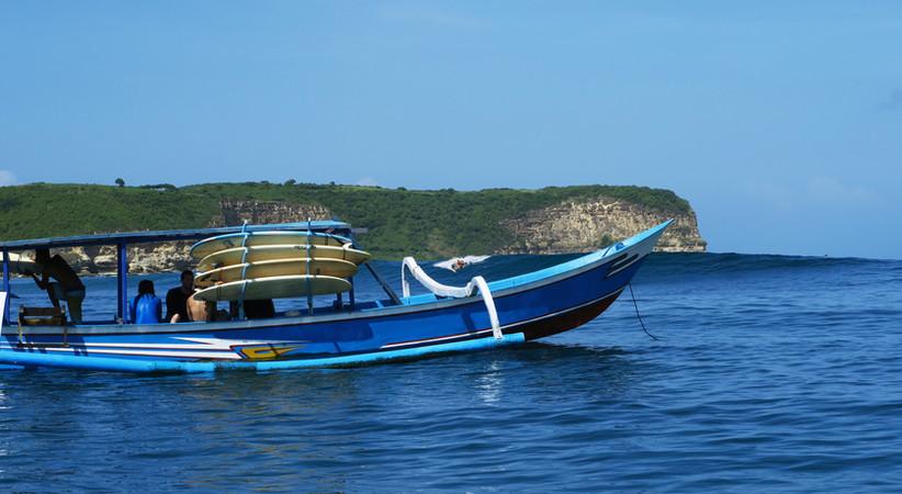 Surftrip to Ekas