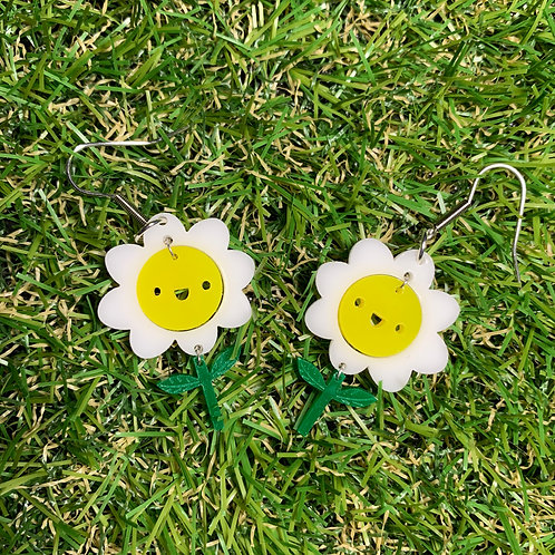 super good! Happy Daisy earrings
