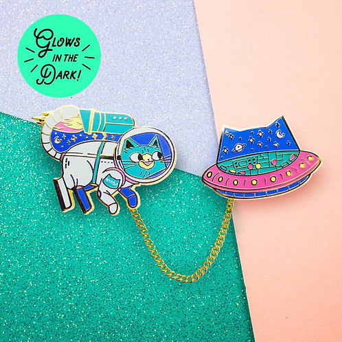 Adventures of Space Cat enamel pin, Floating Forest Studio, front