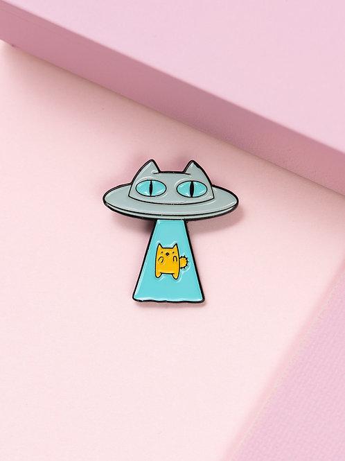 The Pink Samurai Alien Abduction Cat Pin