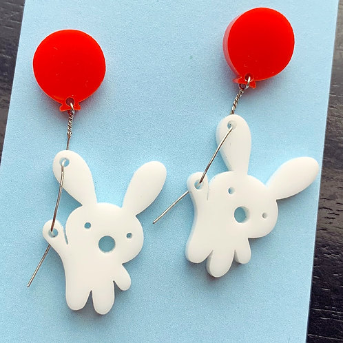 Concerned bunny with balloon earrings, super good!