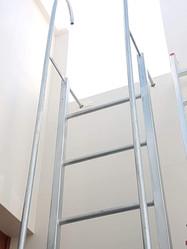 MetalMes escalera (2).jpg