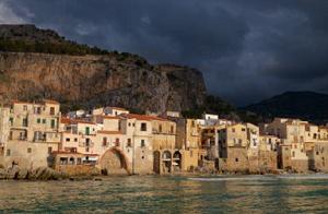 Explore Sicily - Cefalù