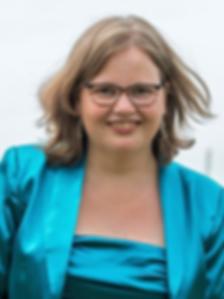 Ivette van Laar.png