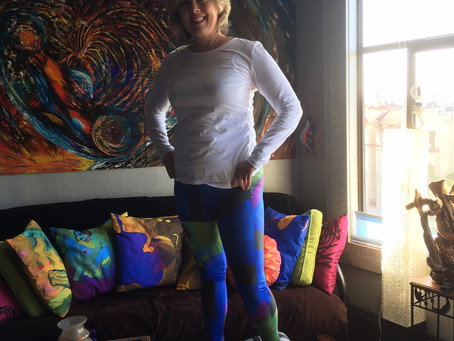 Sandra in Blue Nude Leggings