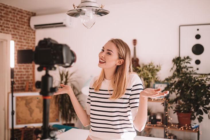 Kvinna Vlogger