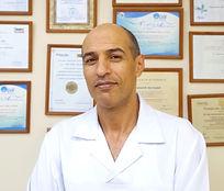 стоматолог Абу Осбах Муханнад