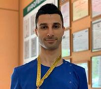 стоматолог Рафаэль Дарбинян