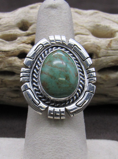 Stunning Sterling Silver and Turquoise Ring Size 7 1/4