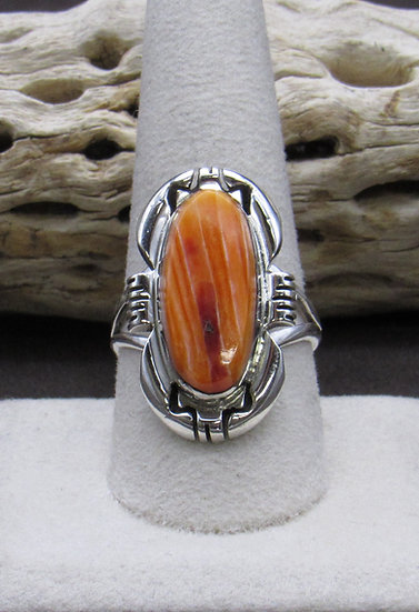 Beautiful Sterling Silver and Spiny Oyster Ring Size 10