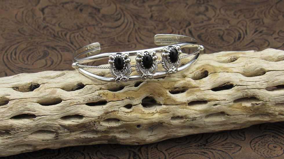 Navajo Sterling Silver Onyx Cuff Bracelet