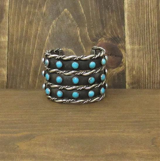 Stunning Vintage Southwestern Sterling Silver Turquoise Wide Cuff Bracelet