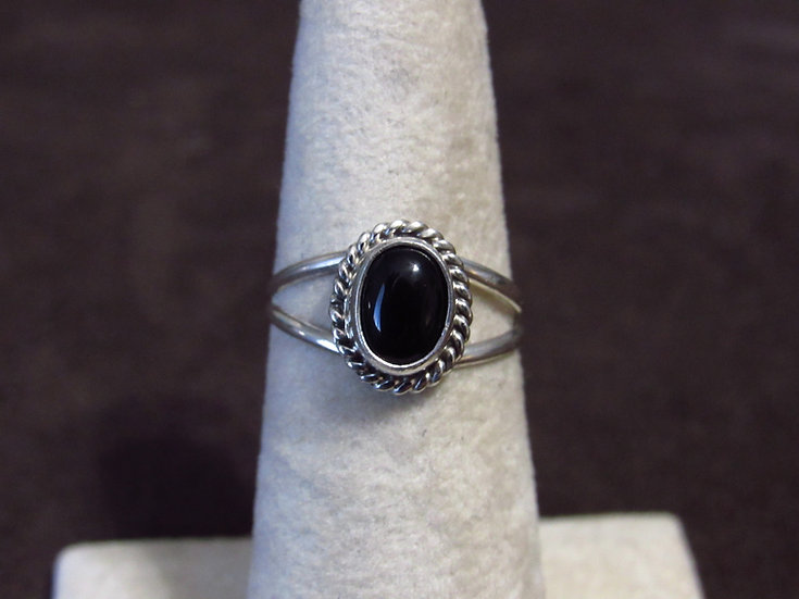 Southwest Sterling Silver and Black Onyx Ladies Ring Size 7.25
