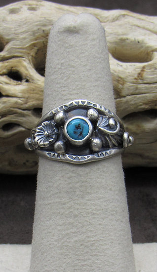 Dainty Turquoise Ring size 6 1/4