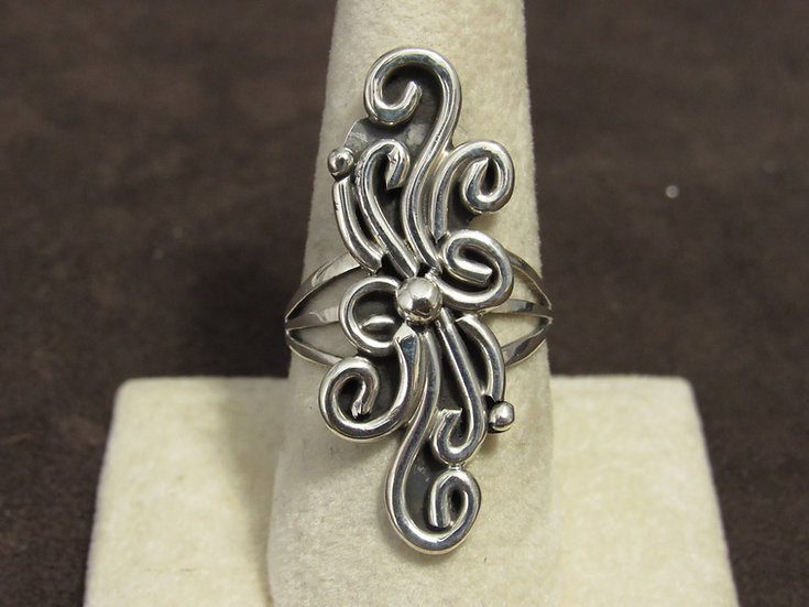 Unique Navajo Sterling Silver Ring Size 9