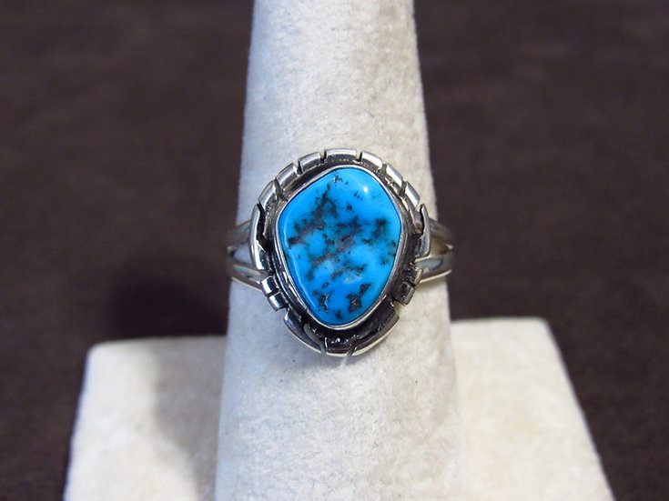 Southwest Sterling Silver and Turquoise Ladies Size 8 Ring