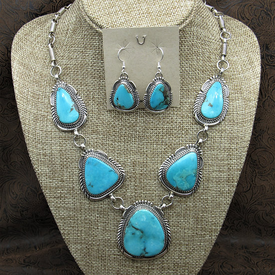 Gorgeous Sterling Silver Large Turquoise Necklace And Earrings Set