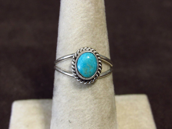 Southwest Sterling Silver and Turquoise Ring Size 7.25