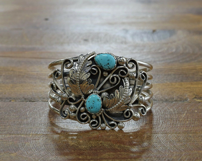 Vintage Southwestern Sterling Silver Turquoise Cuff Bracelet