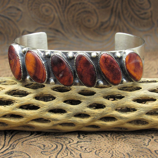 Navajo Sterling Silver Spiny Oyster Cuff Bracelet By Joe Begay