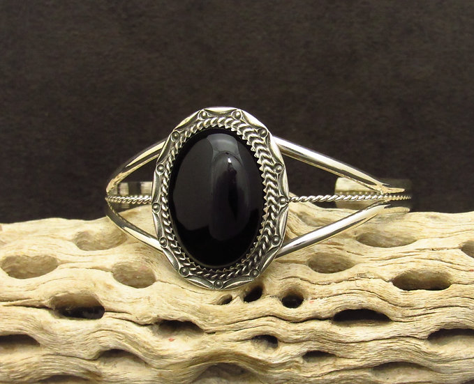 Southwestern Sterling Silver Oval Onyx Cuff Bracelet