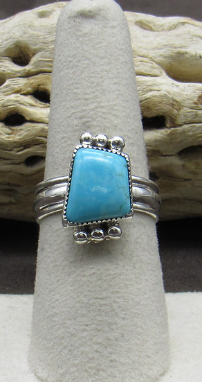 Beautiful Turquoise and Sterling Silver Ring Size 7 3/4