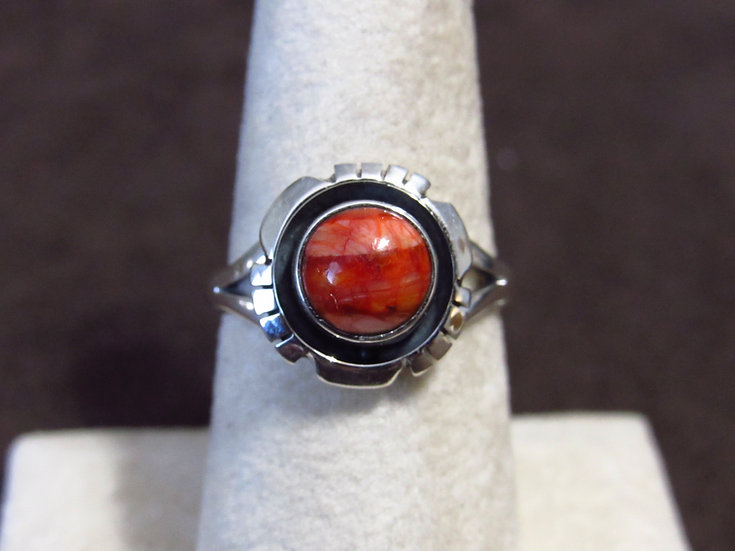 Southwest Sterling Silver and Spiny Oyster Ring Size 7.25
