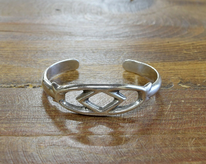 Vintage Navajo Sterling Silver Sandcast Cuff Bracelet