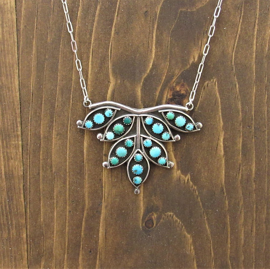 Stunning Vintage Sterling Silver and Turquoise Necklace