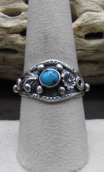 Dainty Turquoise Ring Size 9