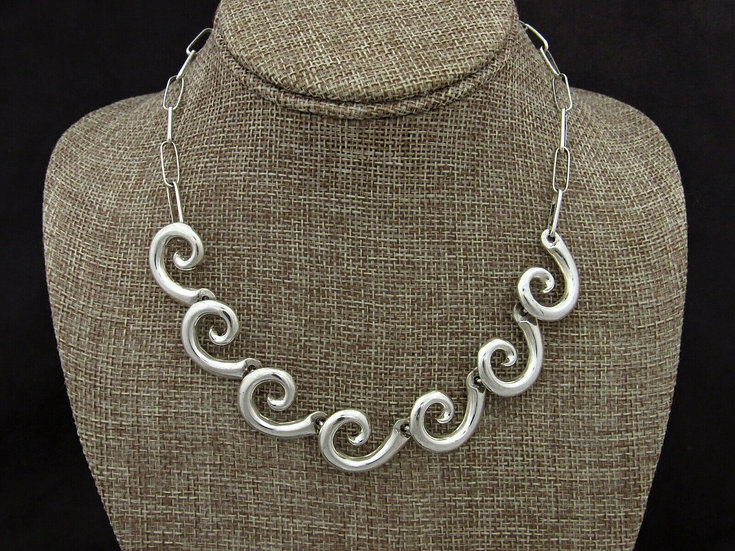 Sterling Silver Swirl Link Necklace