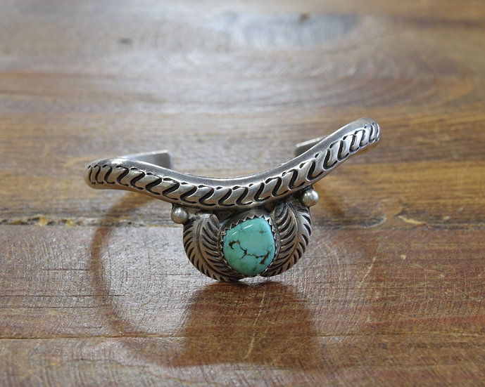 Vintage Sterling Silver and Turquoise Cuff Bracelet With Feathers
