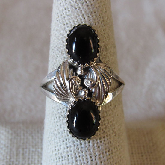 Sterling Silver and Black Onyx Ladies Southwest Ring Size 8.5