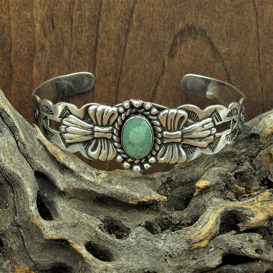 Vintage Fred Harvey Era Style  Sterling Silver and Green Turquoise Cuff Bracelet