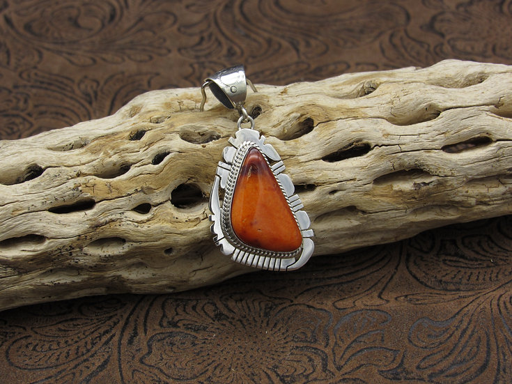 Sterling Silver Orange Spiny Oyster Pendant by Kathleen Yazzie