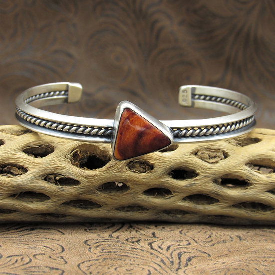 Sterling Silver Cuff Bracelet With Triangle Spiny Oyster