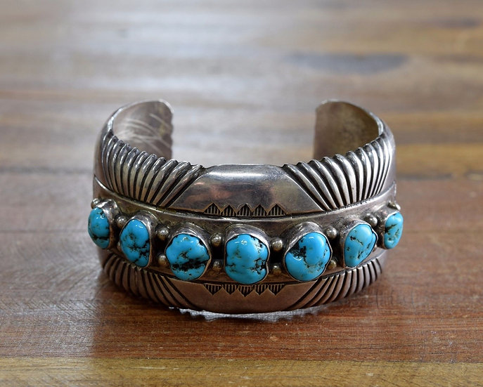 Vintage Southwest Turquoise Sterling Silver Cuff Bracelet