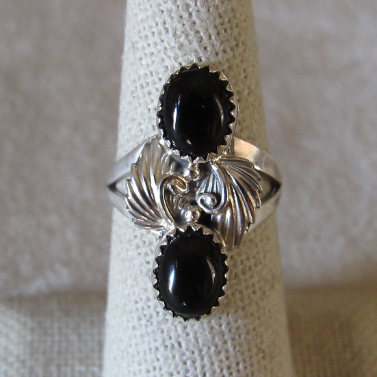 Sterling Silver and Black Onyx Ladies Southwest Ring Size 6.75