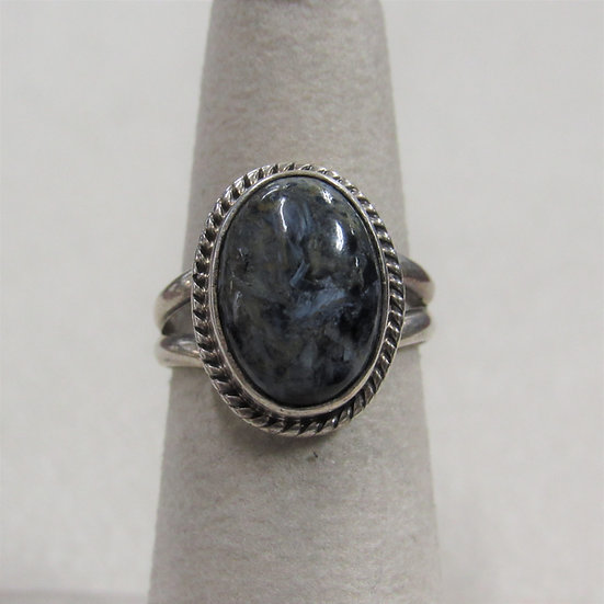 Pretty Southwest Sterling Silver and Mottled Black Stone Ring Size 6