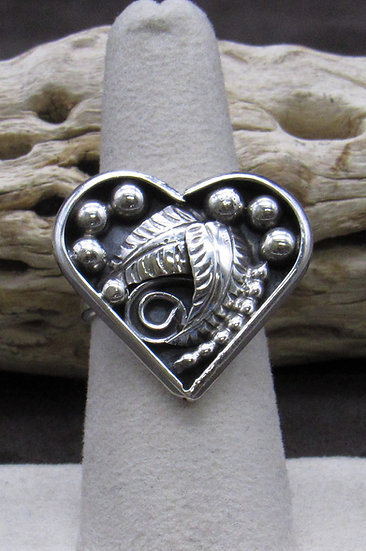 Navajo Sterling Silver Heart Ring Size 7 1/2