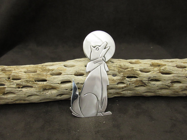 Southwestern Sterling Silver Howling Coyote Pin