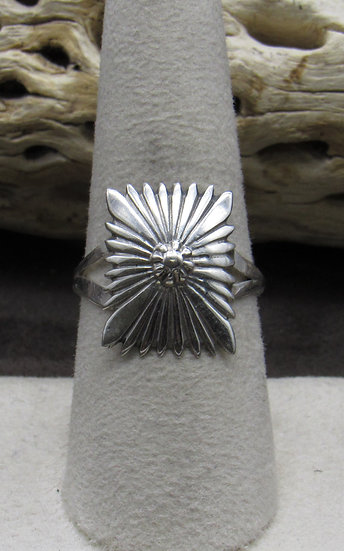 Sterling Silver Rectangle Flower Ring Size 8 1/4