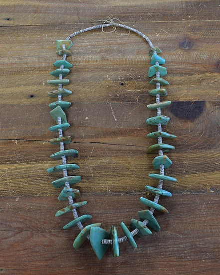 Vintage Turquoise and Shell Beaded Necklace